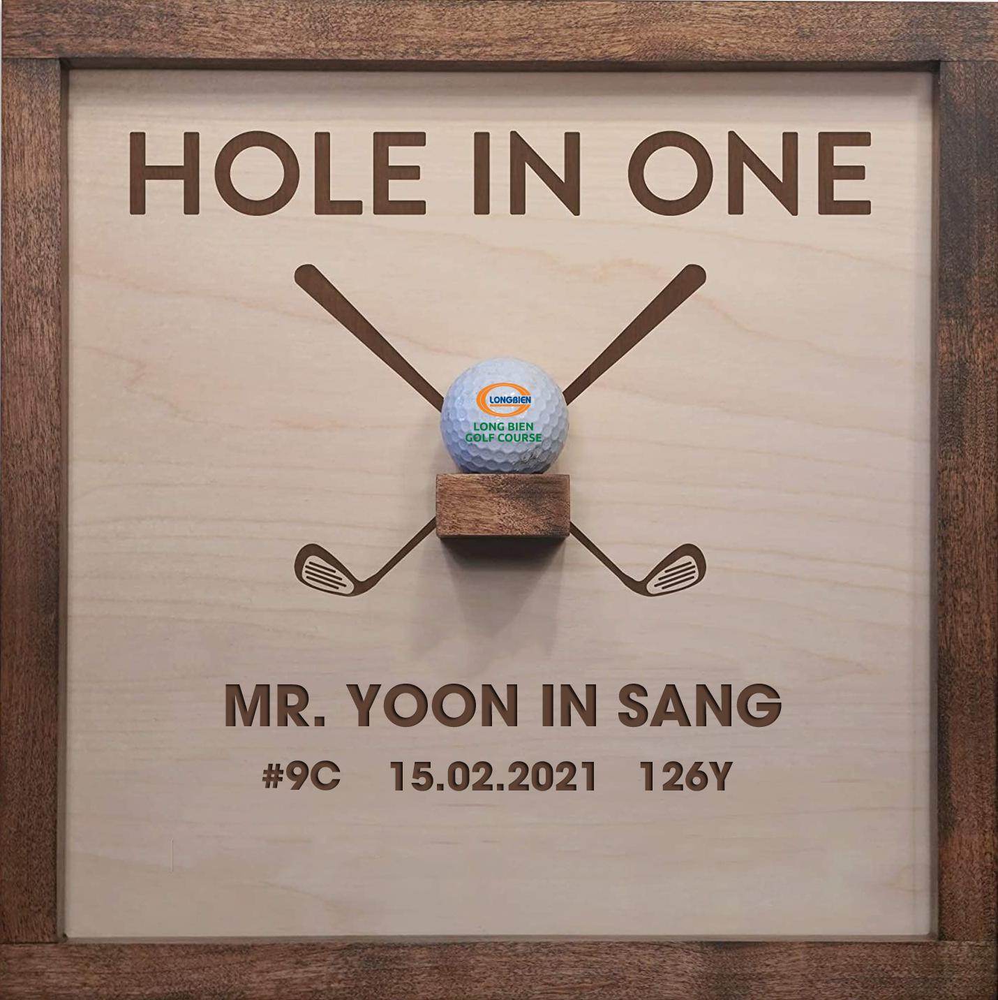 RỰC LỬA VỚI CÚ H.I.O CHÓT LỌT TỪ GOLFER YOON IN SANG